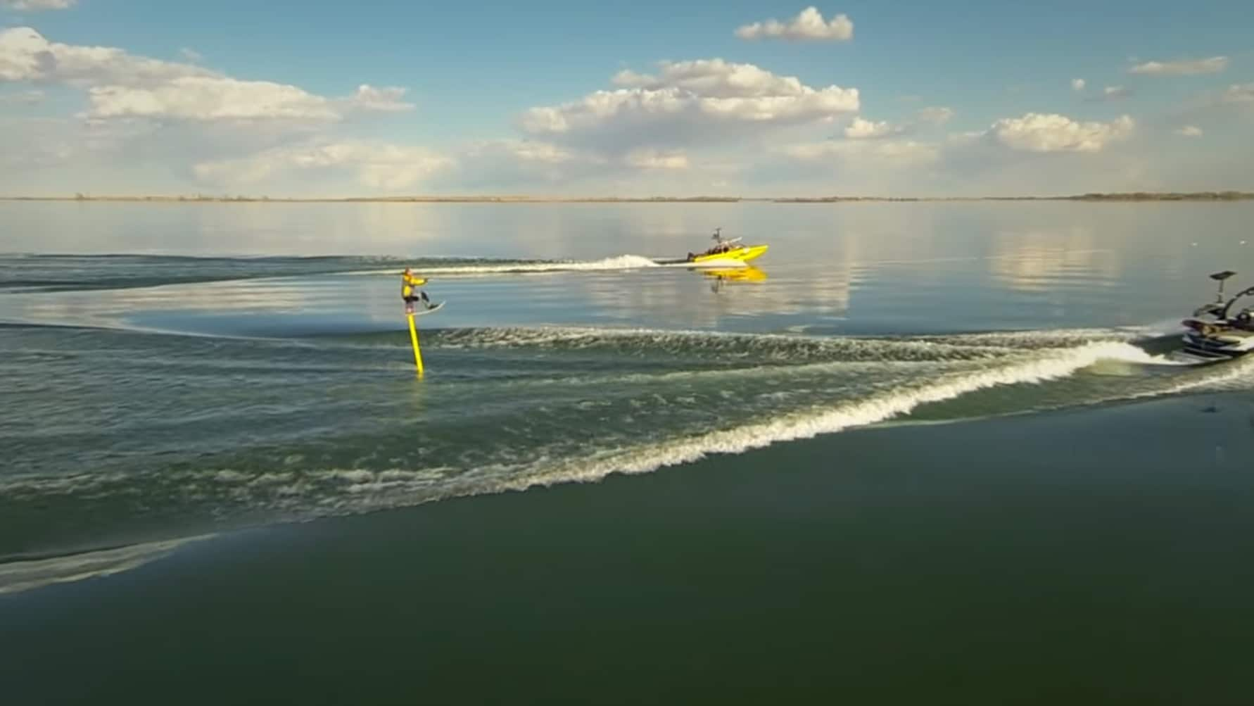 video-foil-hydrofoil-10-pieds-lake-newell-ice-breaker