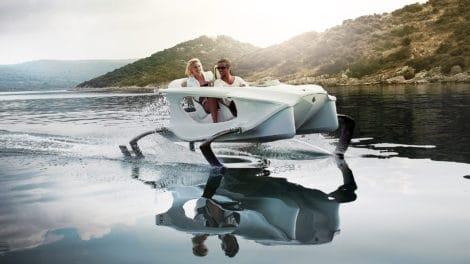 Vidéo du Quadrofoil, un hydrofoil électrique du futur