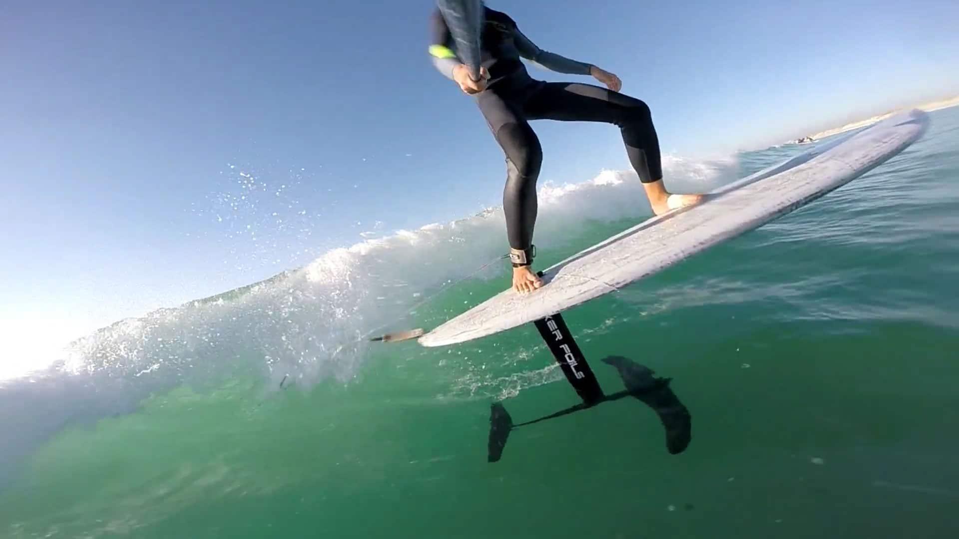 Découvrez le dernier stand up paddle Foil de la marque Kerfoils