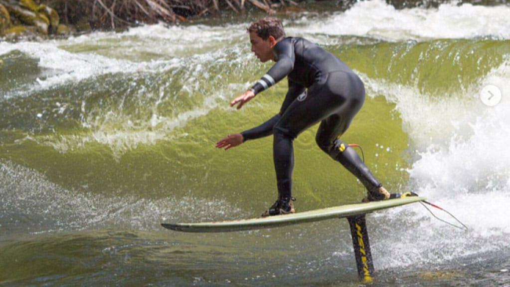 surf a moteur prix plus surf a moteur prix planche de surf bic u magnum surfwheel jet surf. Black Bedroom Furniture Sets. Home Design Ideas