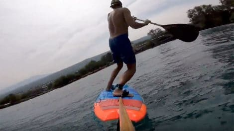 """Voir ou revoir la vidéo de sup foil """"Flying down the line"""""""