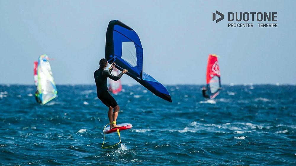 Le concept wingfoil ou wingsurf débarque sur la planète glisse