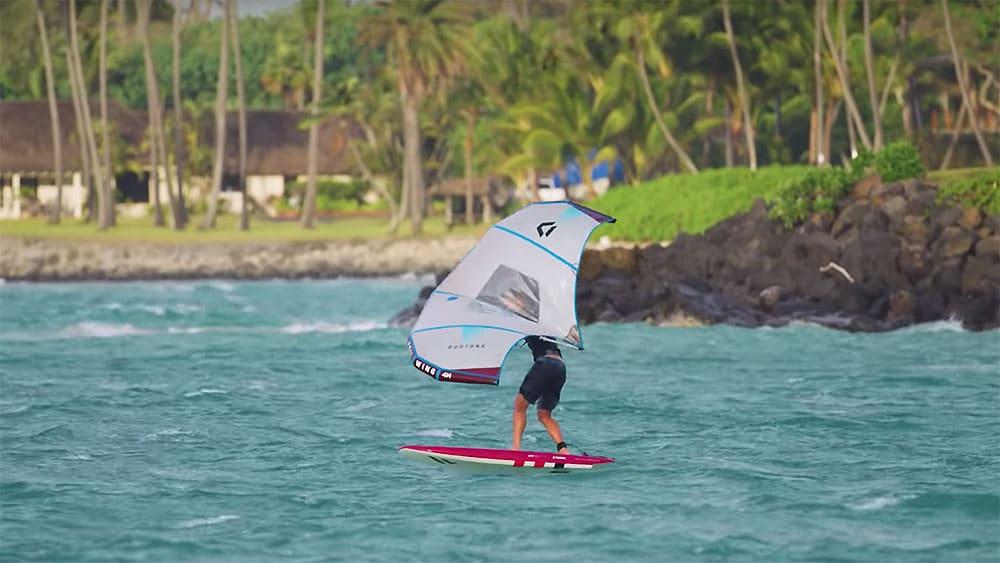Wingfoil ou Wing Foil, la nouvelle discipline en Sup ou en Surf Foil