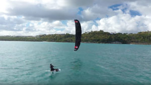 Kitefoil en Guadeloupe avec Quêney Sebastien